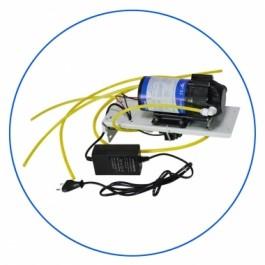 Pompa zasysająca do systemów RO, zainstalowana na metalowej płytce. Zestaw zawiera: pompę, zawór niskiego i wysokiego ciśnienia, transformator.